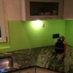 Küchenrückwand mit Satinato Rückseite nach RAL